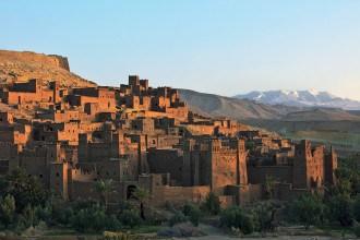 marokko online, riksja travel, travel rumors, vakantie marokko, vallei marokko, gids marokko, reisgids marokko, trekking marokko, traditionele huisjes marokko, bezoek gezin marokko, marokko excursie, met gids door vallei in marokko, uitstapje marokko, wat te doen in marokko, vakantie excursie marokko, dagje uit marokko, wandeling marokko, vakantie marokko, trekken door marokko, natuur in marokko, plantages in marokko