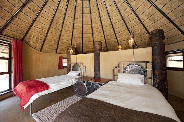 Namibie, Namibie Afrika, Zuid Afrika, Vakantie Afrika, Afrika reizen, Namibie online, Riskja Travel, Travel Rumors, Op vakantie naar Afrika, vakantie naar Zuid afrika, vakantie Namibie, op vakantie naar Namibie, reizen door Namibie, Excursies in Namibie, Overnachten in Namibie, Wat is namibie, dag excursie Namibie, Tour Namibie