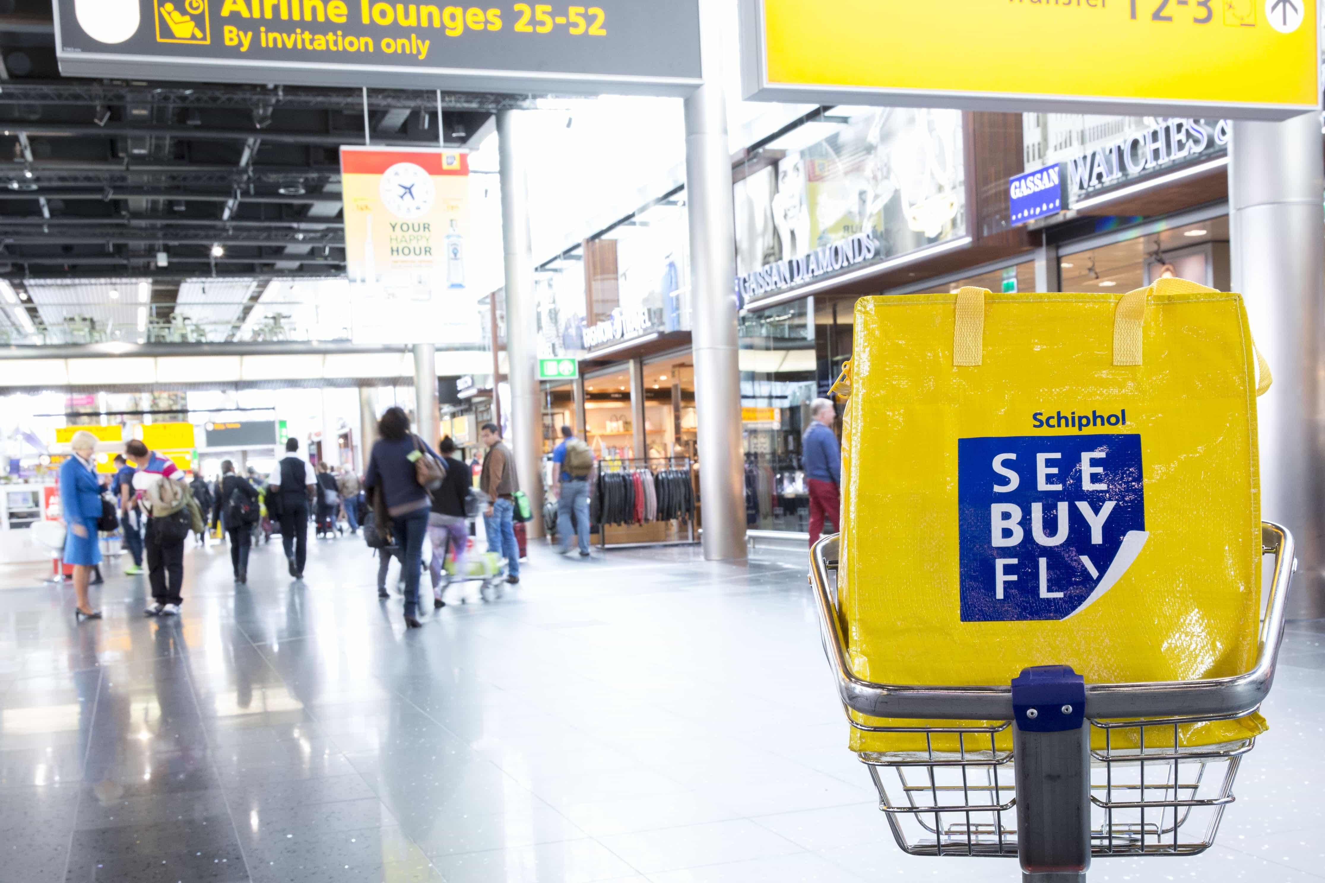 SeeBuyFly, See Buy Fly, tax free shoppen, belastingvrij winkelen, belastingvrij shoppen, belasting vrij Schiphol, Tax free Schiphol, Schiphol, Schiphol airport, vliegveld Schiphol, winkelen Schiphol, winkelen op Schiphol, vliegveld winkelen, aanbiedingen vliegveld winkels, Travel Rumors, happy hour SeeBuyFly, happy hour see buy fly, happy hour Schiphol, korting Schiphol, korting SeeBuyFly, korting See Buy Fly, geurtjes Schiphol, geurtjes SeeBuyFly