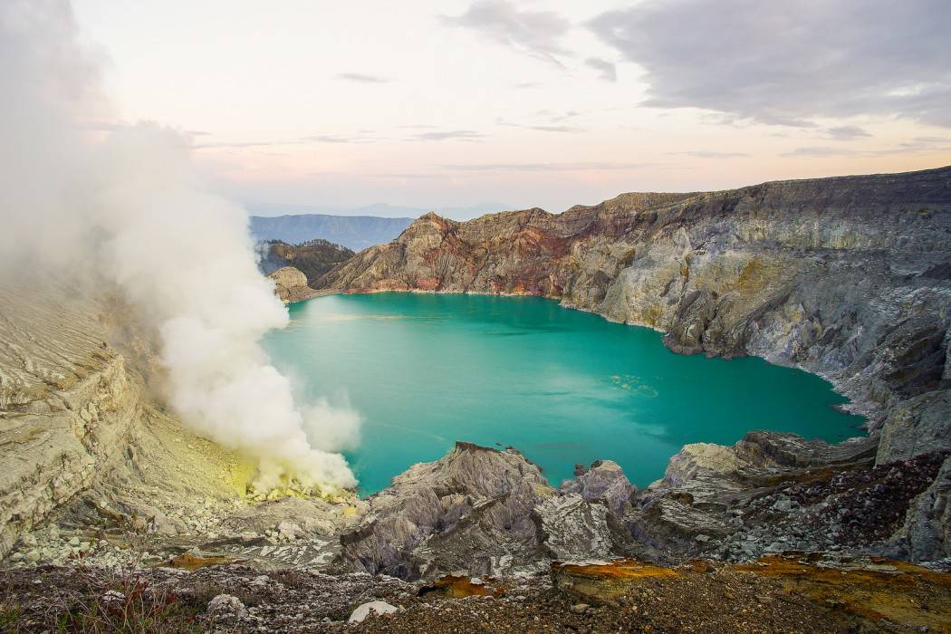 Ijen-vulkaan, vulkaan Indonesie, Indonesie, rondreizen Indonesie, vakantie Indonesie, tips Indonesie, excursies Indonesie, wat te doen in Indonesie, travel guide Indonesie, reis gids Indonesie, gratis gids Indonesie, vulkaan Java, Java, rondreizen Java, vakantie Java, tips Java, excursies Java, wat te doen in Java, travel guide Java, reis gids Java, gratis gids Java, Java Ijen-vulkaan, Ijen-vulkaan Indonesie, Bromo-vulkaan Java, Bromo-vulkaan Indonesie, Yogyakarta indonesie, Bali Indonesie, Bromo-vulkaan, reis tips Yogyakarta, vakantie Yogyakarta, rondreizen Yogyakarta, reis tips Bali, vakantie Bali, rondreizen Bali, Indonesie online, Riksja Travel, Travel Rumors