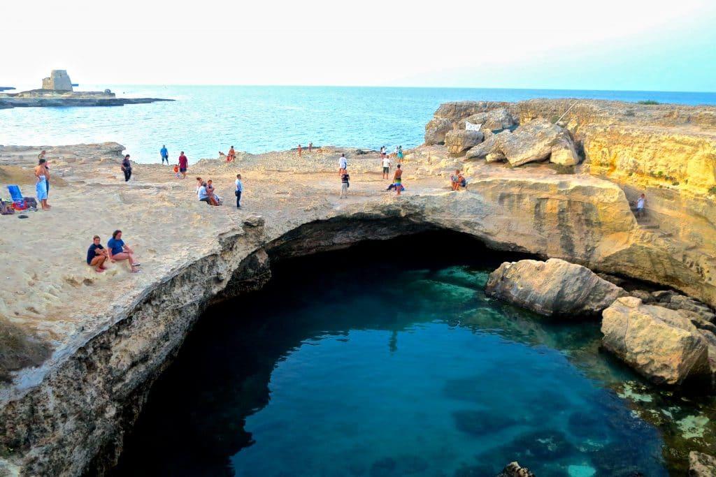 Grotta della Poesia, Puglia