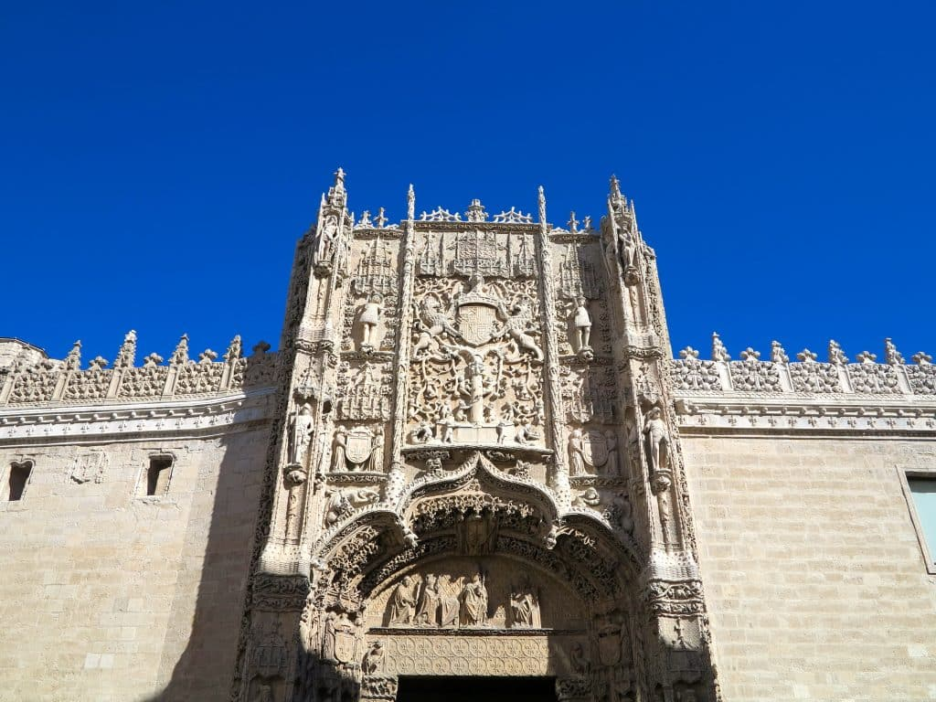 Travel Guide to Castile and León, Spain
