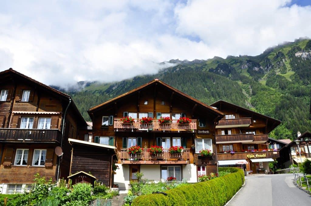 Travel Guide Interlaken, Switzerland