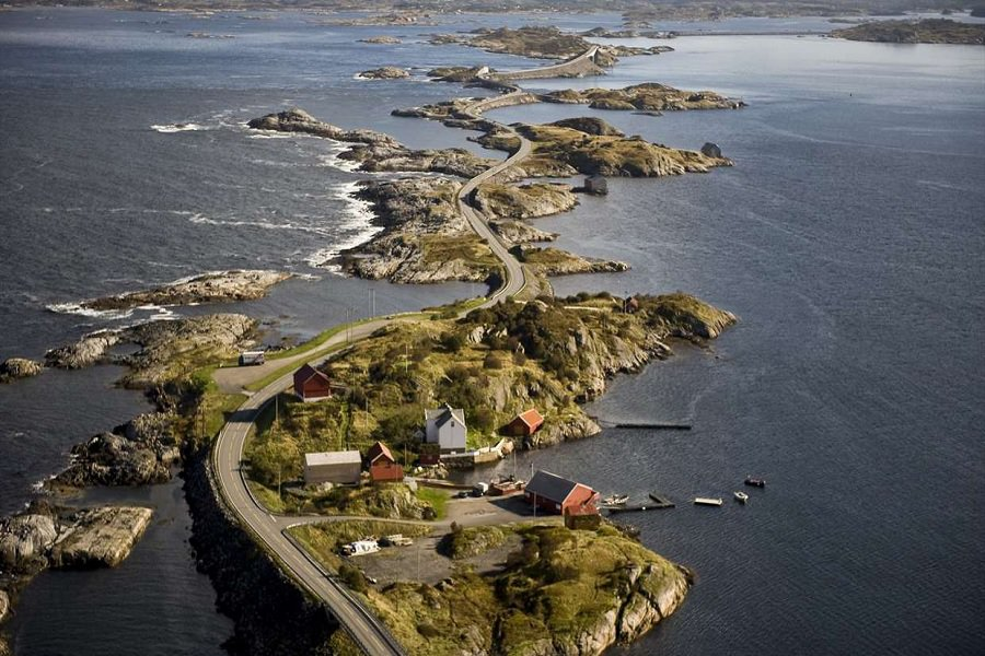 noorwegen-the-atlantic-road
