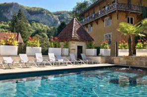 hotel-castel-damandre-facade-les-planches-Travel-Rumors-Overnachten-in-Frankrijk