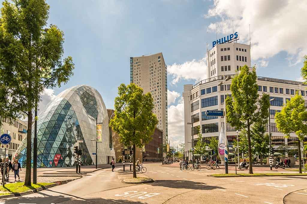 blob-admirant-lichttoren_Eindhoven