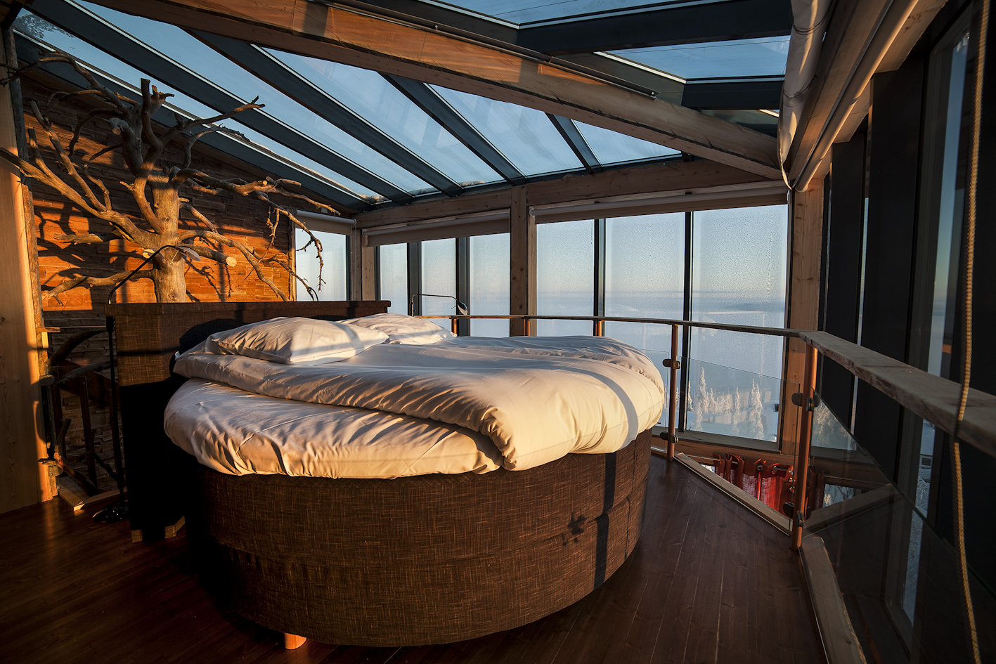 Eagles-view-suite-bed